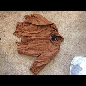 Short sleeve coat